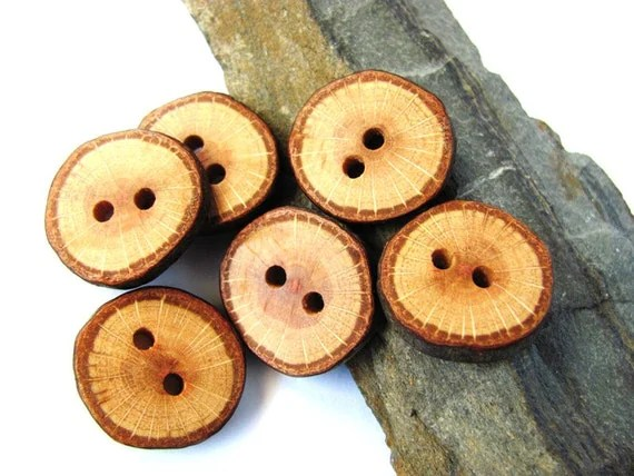 Wooden Buttons Reclaimed Oak Wood Handmade Wood Buttons Set of 6 by Hendywood - Hendywood