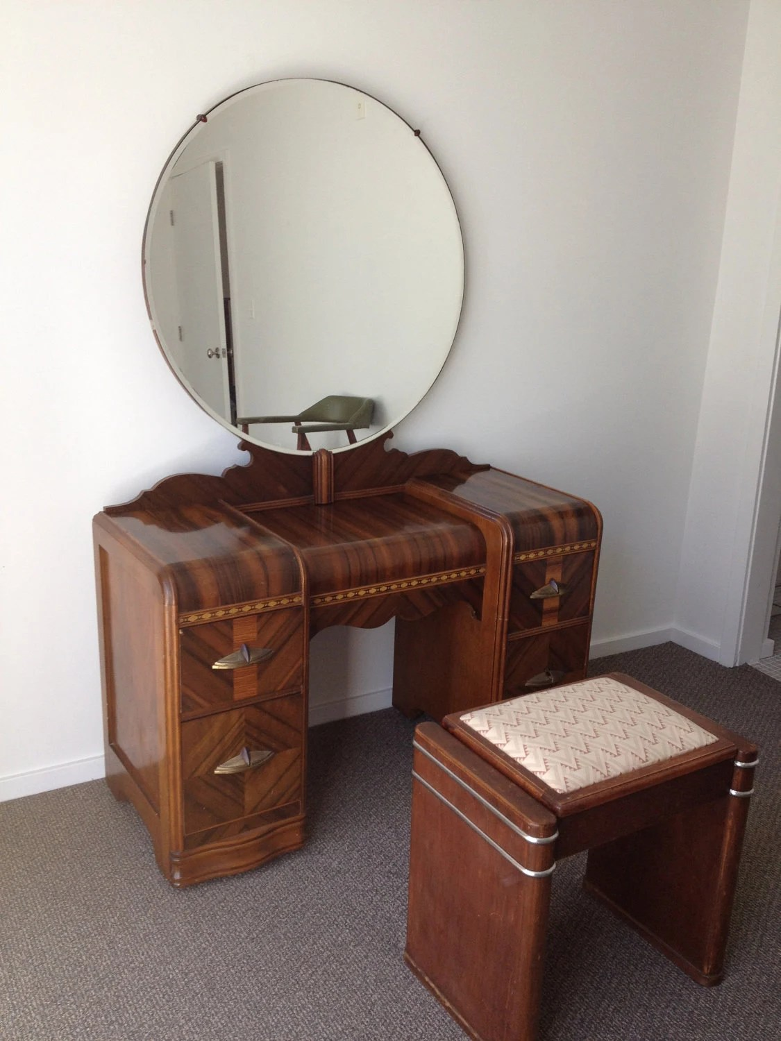 bedroom chair gumtree ferndown hickory end tables ikea day bed melbourne  nazarm