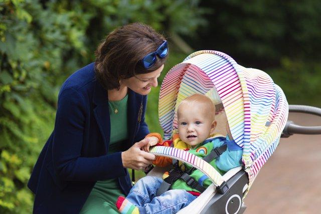 Estimula a tu bebé durante el paseo