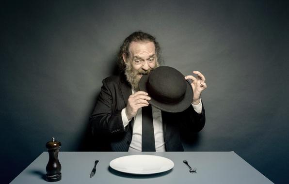 Картинки по запросу тарелка человек