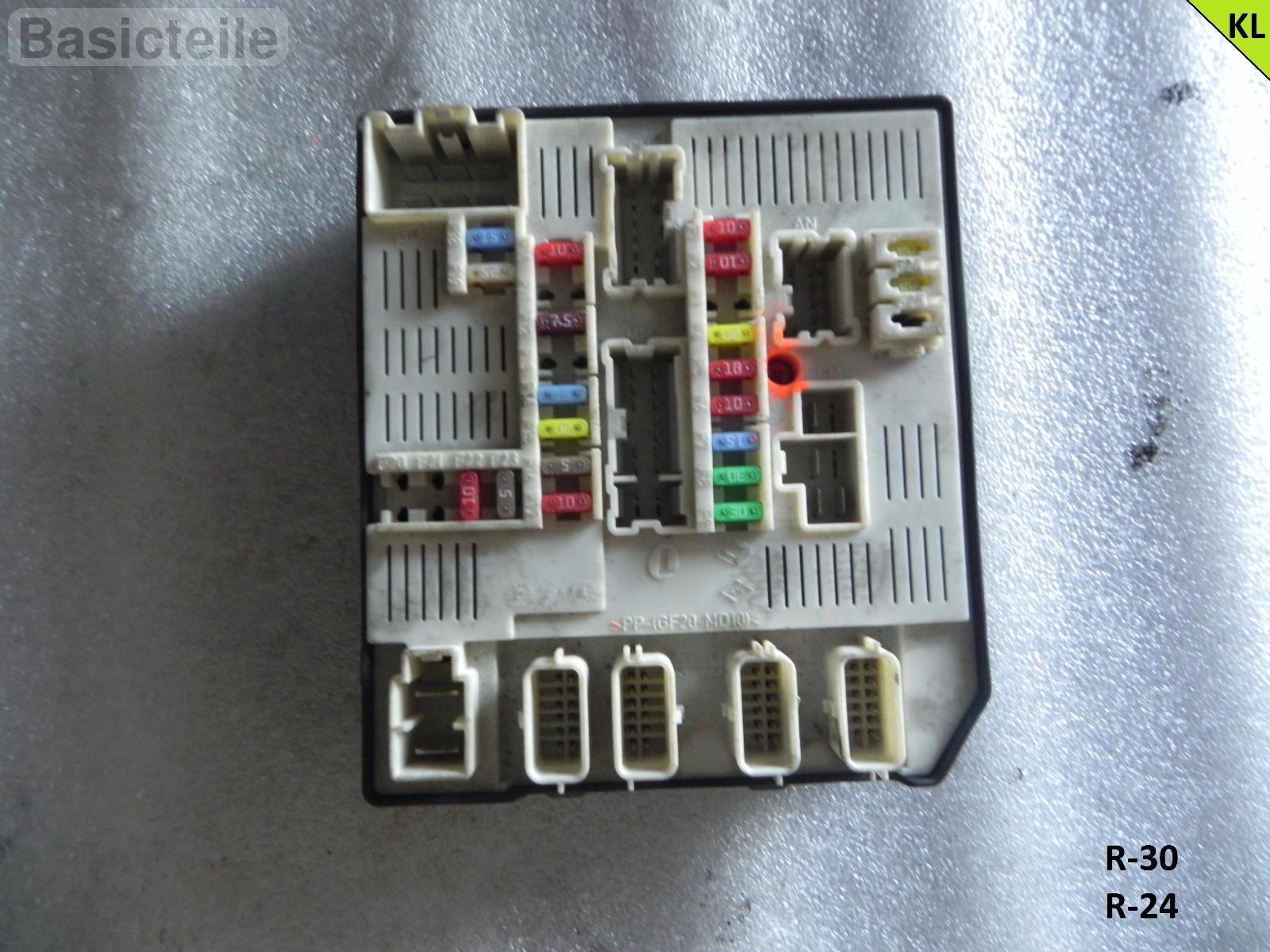 hight resolution of details about renault laguna mk iii 2 0 dci fuse box ecu 284b60012r
