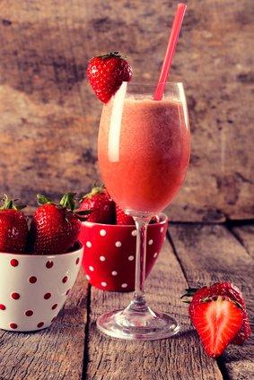 ErdbeerSektSmoothie  Rezept  Kochrezepteat