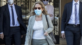 Resounding in the prosecutor, who recruits the prosecutor of Bergamo: the virologist of the miracle, big trouble for Conte (and for the League?)