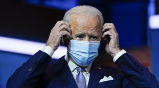 Microfractures and brace.  Small incident: Biden falls and Trump reacts like this |  Look