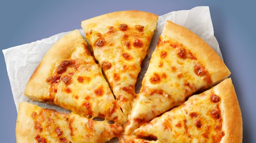 Calories in Pizza Hut Cheese Lovers Pizza
