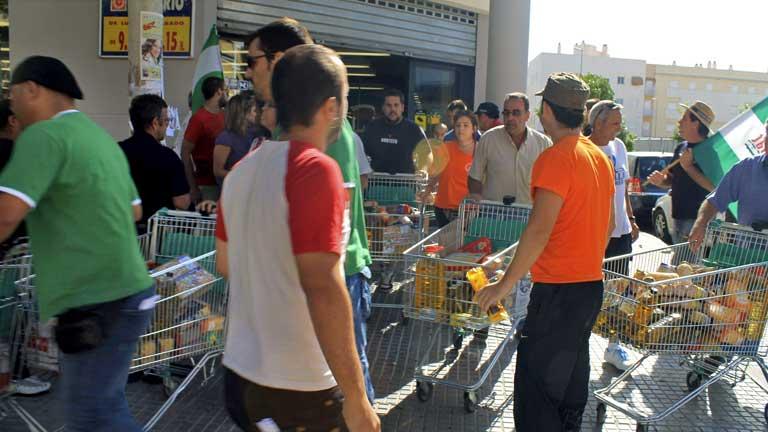Dos detenidos por el asalto a los supermercados en