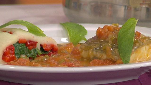 Bacalao en salsa con rollitos de patata 150411  RTVEes