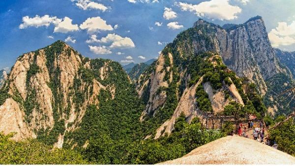 華山山崩的前兆?不可思議的銅鐵自鳴(圖)|科學 | 山崩 | 華山 | 銅鐵 | 異事奇人 | 看中國網
