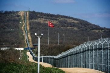 Barriera al confine tra Bulgaria e Turchia nella regione di Yambol.