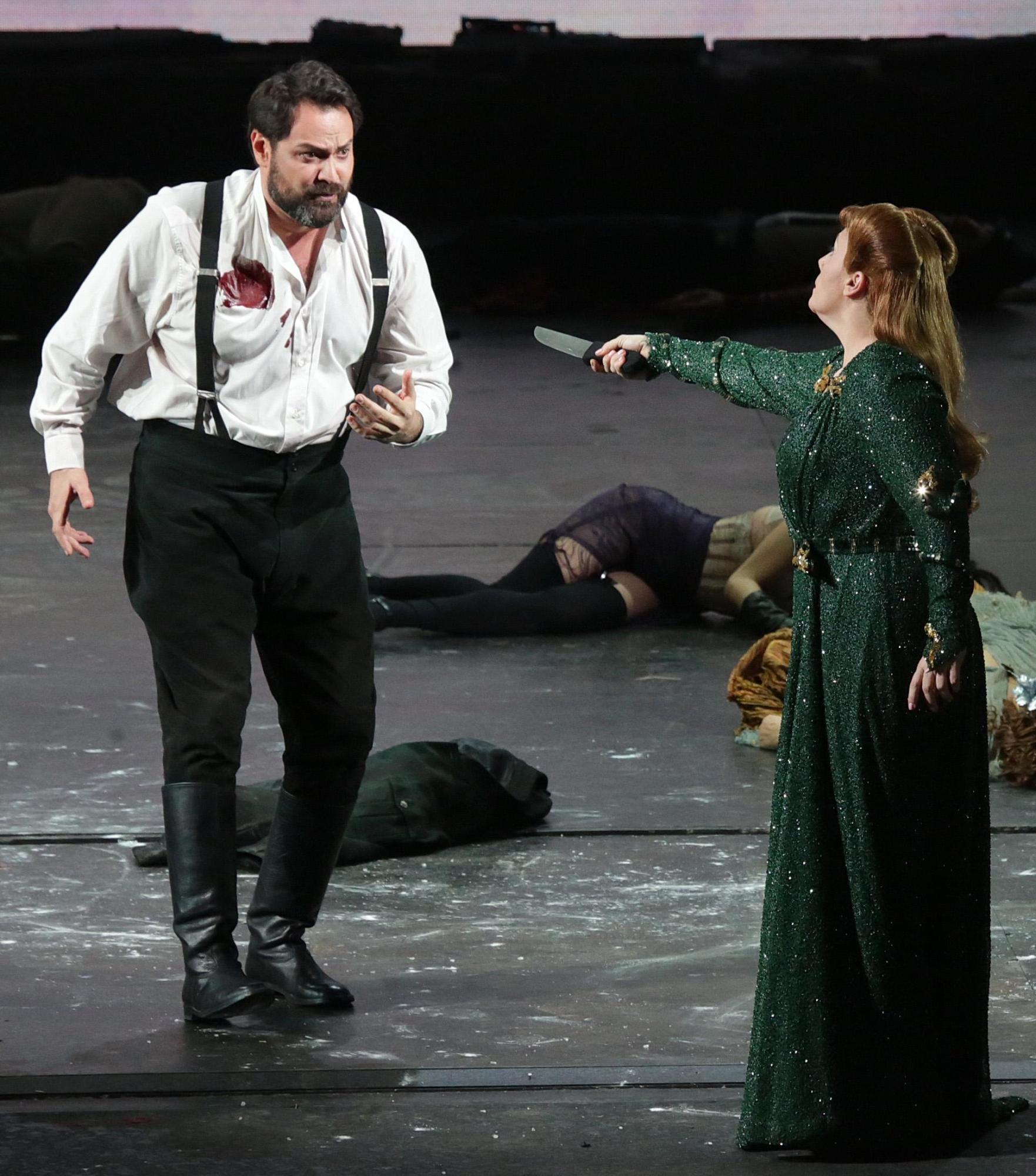 Milano si prepara alla prima della Scala guarda le immagini di scena di Attila  Foto Tgcom24