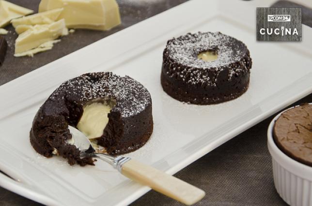 Tortini di cioccolato con cuore fondente bianco  Tgcom24