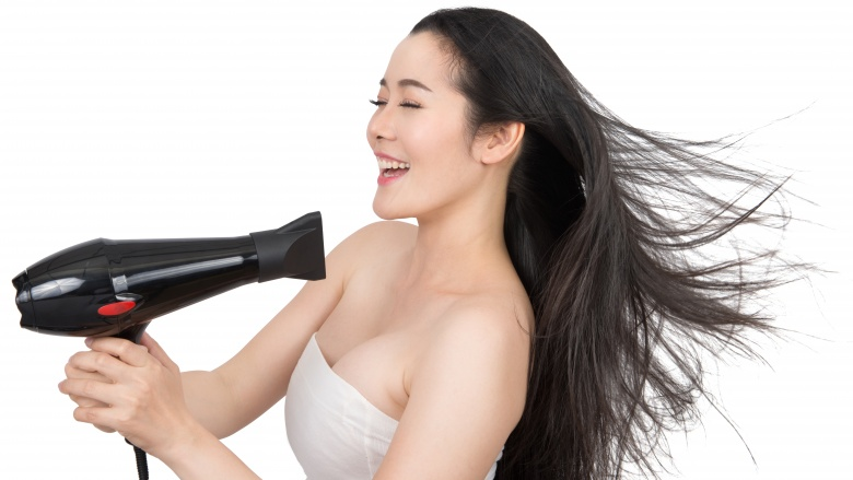 The Big Mistakes You Make When Drying Your Hair
