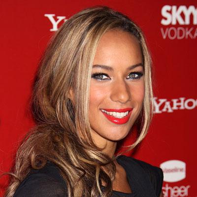 Leona Lewis-Red Lipstick