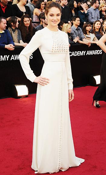 Shailene Woodley - Valentino Couture - Oscars 2012