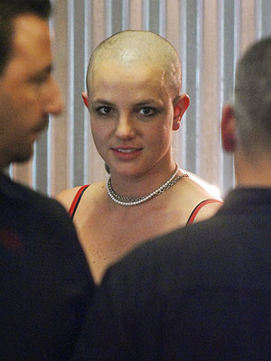 Britney goes Bald!
