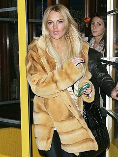 Fur Shame! Is Lindsay Lohan a Coat Thief? | Lindsay Lohan