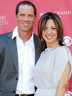 Sara Evans Marries Her Football Hero