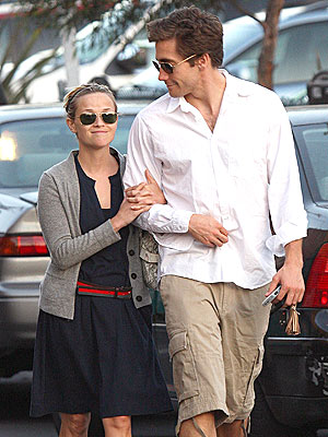 Seriously McmIllan she so ghetto Jake Gyllenhaal reese withersoon