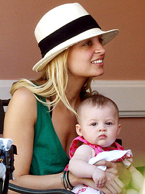 harlow Winter and Nicole Richie