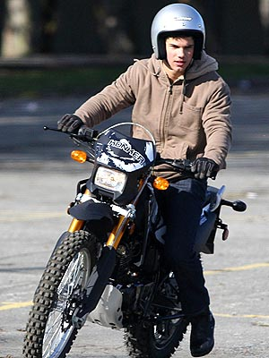 JACOB'S JOY RIDE  photo | Taylor Lautner