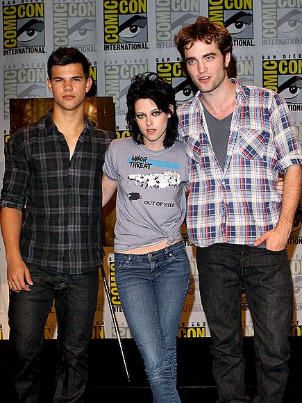 'TWILIGHT' TRINITY photo   Kristen Stewart, Robert Pattinson, Taylor Lautner