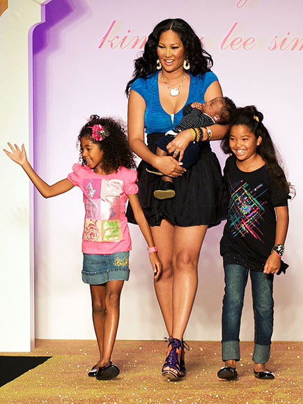 MOM'S LITTLE HELPERS   photo | Kimora Lee Simmons