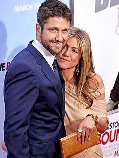 Gerard Butler Is Sweet on Jennifer Aniston's Cupcakes
