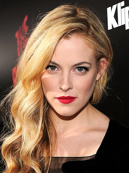 RILEY KEOUGH, 20 photo | Riley Keough