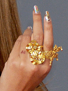 Ofira rings
