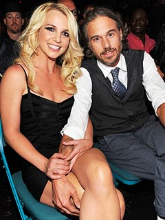 https://i0.wp.com/img2.timeinc.net/people/i/2011/features/insider/110711/britney-spears-240.jpg