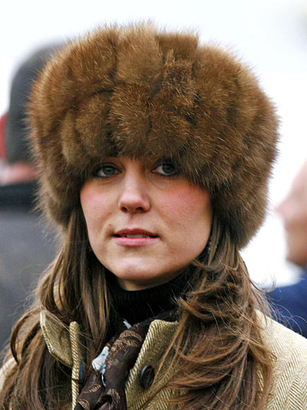 JUST FUR THRILLS   photo | Kate Middleton