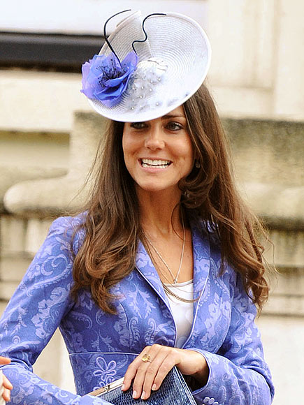 SOMETHING BLUE   photo | Kate Middleton