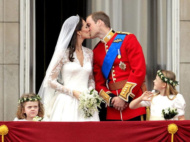 THE KISS   photo | Royal Wedding, Kate Middleton, Prince William