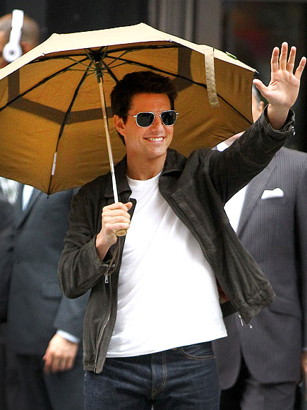 UMBRELLA FELLA photo | Tom Cruise