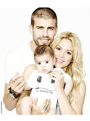 Shakira Gerard Piqu   Milan Family Photo