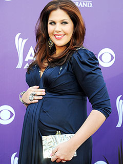 Hillary Scott Welcomes Daughter Eisele Kaye