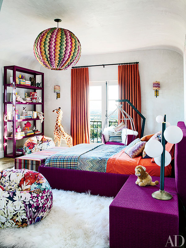 Girl Looking Into Space Wallpaper Inside Ellen Pompeo S Colorful Rooms For Daughters Stella