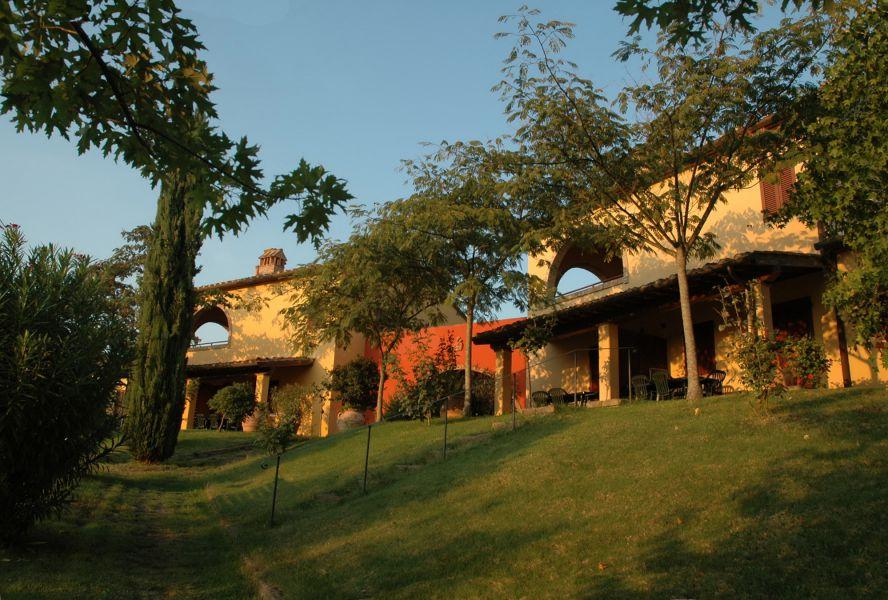 Tenuta Moriano MontespertoliChianti Farmhouse Apartments