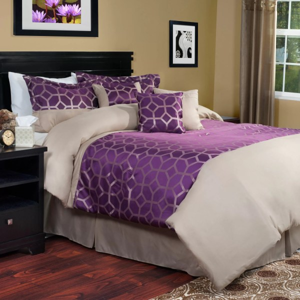 moroccan bedroom gold purple Purple and Gold Geometric Moroccan Print Bedding Set