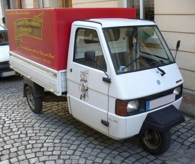 Vespa - Tractor & Construction Plant Wiki - The classic ...