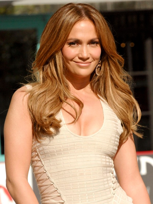 Jennifer Lopez Das Met Mother-wiki - Ted Robin Marshall Lily & Barney