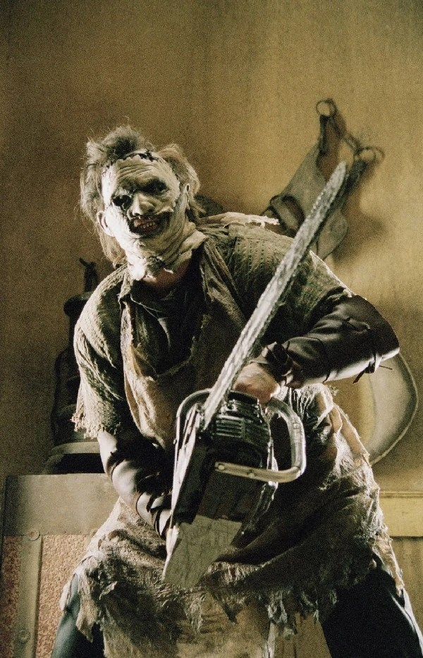https://i0.wp.com/img2.wikia.nocookie.net/__cb20120804210144/horrormovies/images/e/e9/LeatherFace.jpg