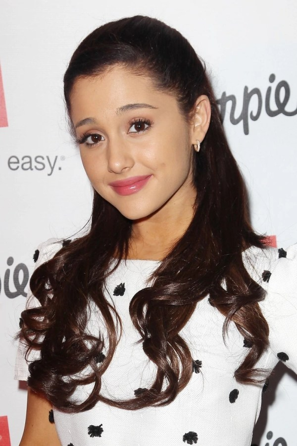 Ariana Grande Facts - Wiki