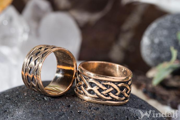 Breiter Ring  TARANIS  Keltischer Knoten  Bronze