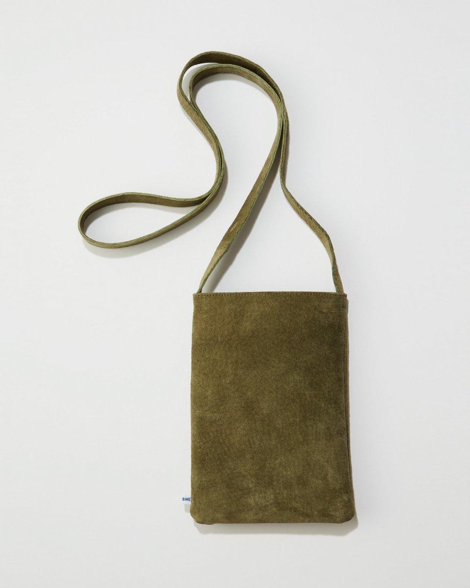 THE SHE文庫本バッグの写真