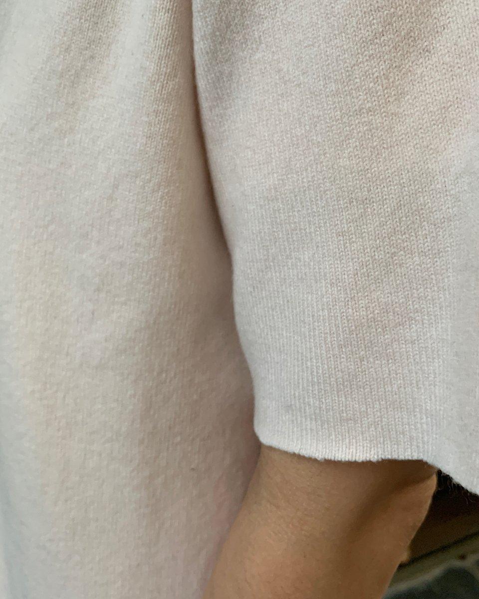 カシミアTシャツ ベビーピンクの写真