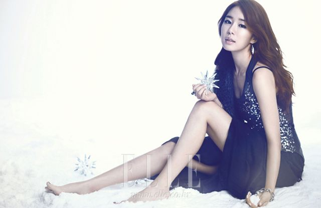 2ne1 Wallpaper Hd More Photos Of Yoo In Na As An Icy Snow White For Elle