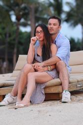 Megan Fox leggy with ass shots in Hawaii - Hot Celebs Home