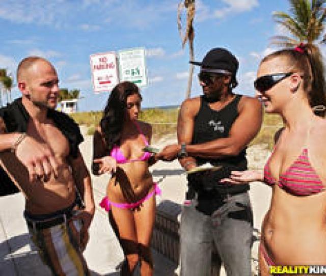Moneytalks Hailey Holiday Break Her In March 29 2011