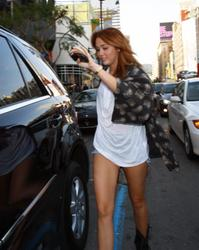Miley Cyrus showing her great legs in short denim shorts on Hollywood Blvd in L.A. - Hot Celebs Home